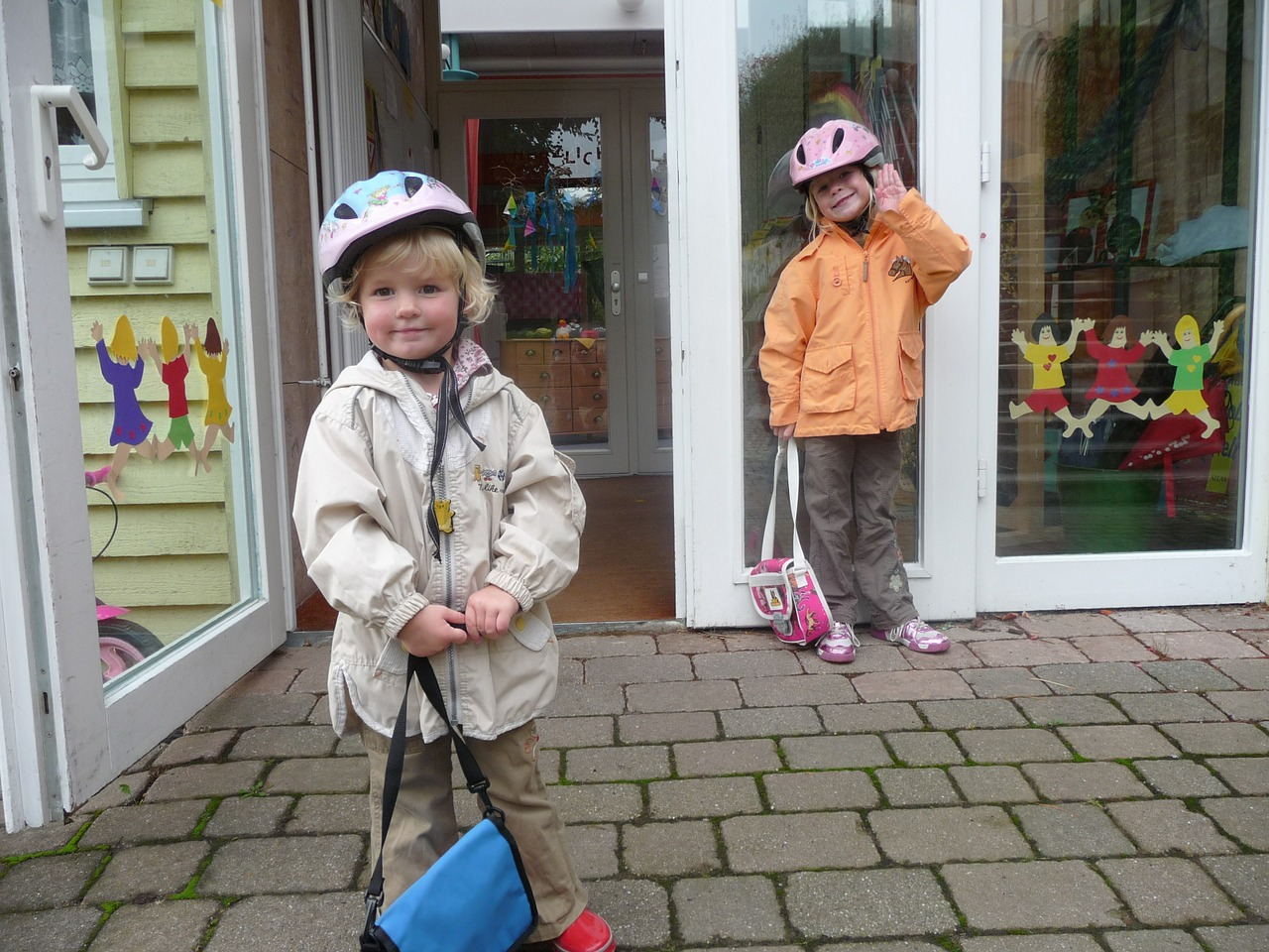 children helmets drop off